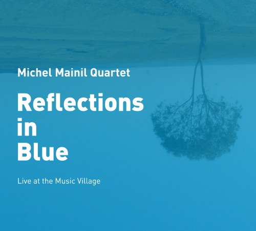 Mainil_relections_in_blue_poch