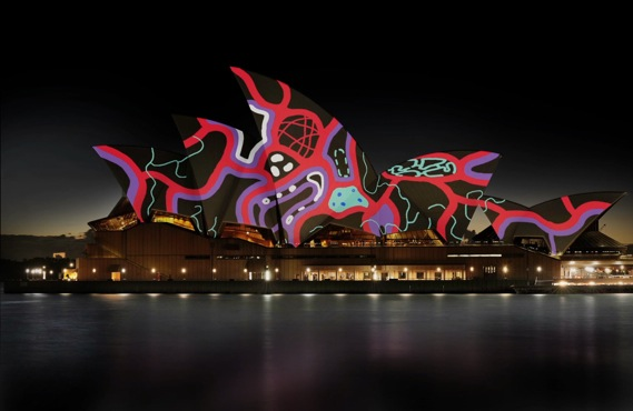 LIVING MURAL TRANSFORMS THE ARCHITECTURAL OPERA HOUSE OF SIDNEY